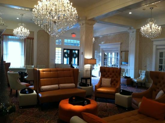 Wayne Hotel: lobby