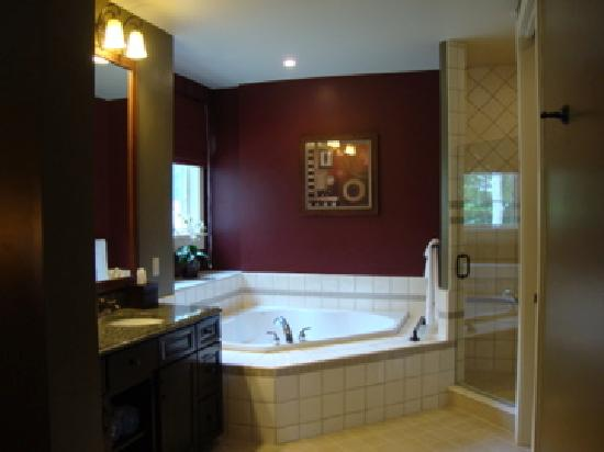 Master Bathroom Hot Tub Picture Of Shawnee Village