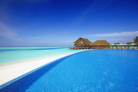 Anantara Dhigu Resort & Spa: Aqua Beach & Pool