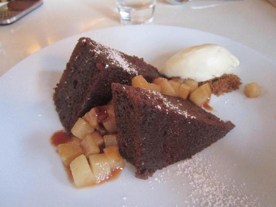 ... : Gingerbread Pudding Cake w/ caramelized pears & bourbon ice cream
