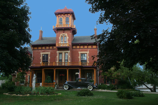 Photo of Ryan Mansion Galena