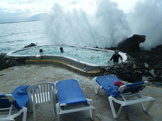 Casa Marina Beach: One of the cold jacuzzi's. Amazing spot