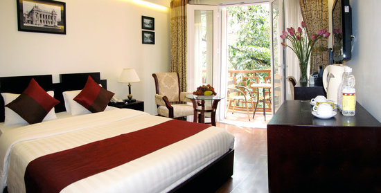Hanoi Paradise Hangbac Hotel: 5 rooms with balcony