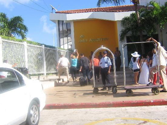 Royal Decameron Aquarium: First day in San Andres