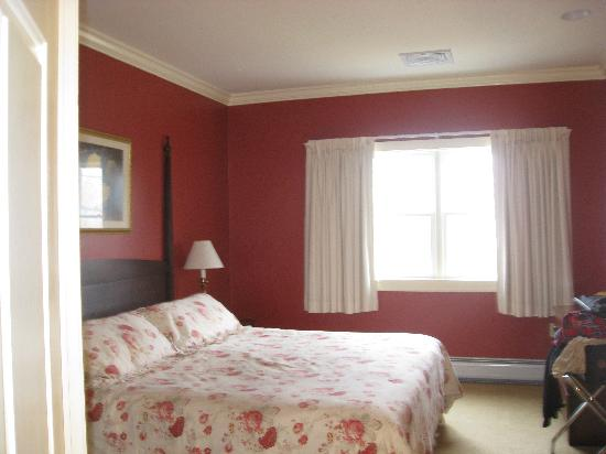 Palmer House: bedroom