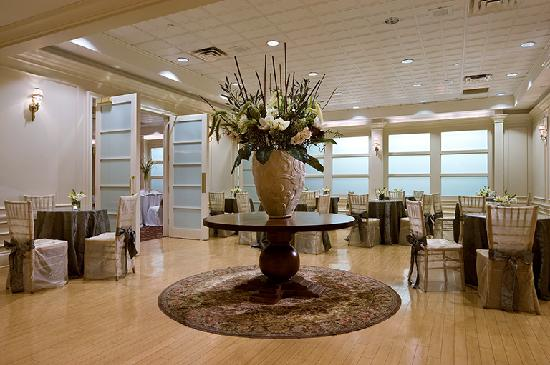 Radisson Hotel New Rochelle: Prefunction Area - Empire Ballroom