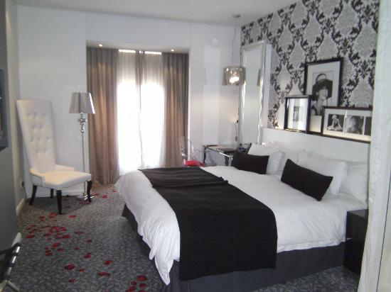 Protea Hotel Fire & Ice! Melrose Arch: Standard Room