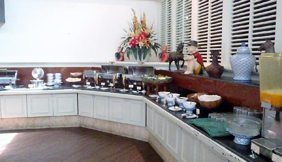 Hansa JB Hotel: breakfast buffet