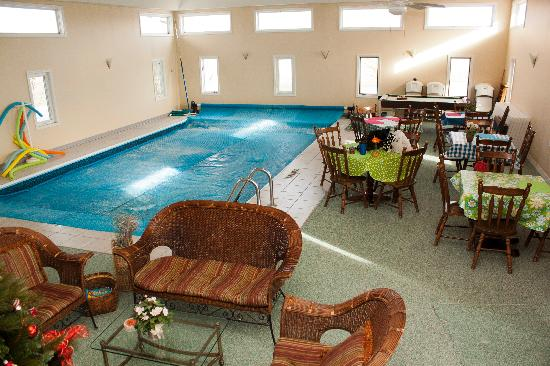 Scottish Bed & Breakfast: Pool Area