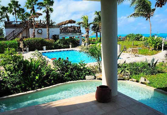 Coral Gardens on Grace Bay: View from Unit 1102: Pool, somewhere cafe, and ocean!