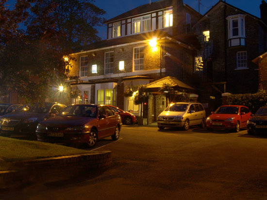 Beechwood Close Hotel
