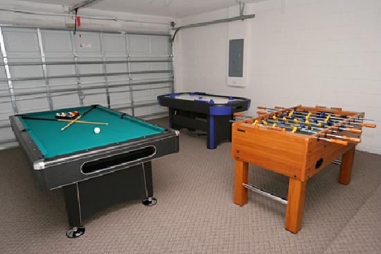 Avalon Vacation Villas: Games Room