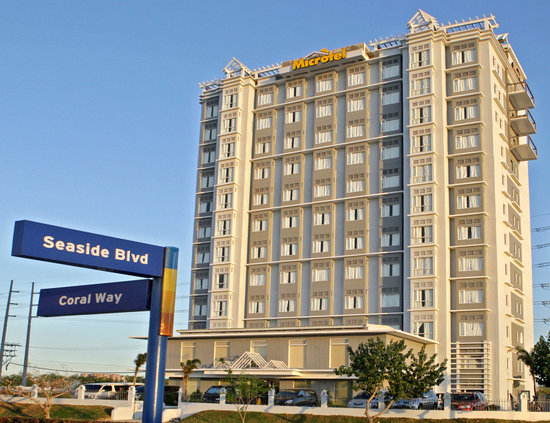 ‪Microtel Inn & Suites by Wyndham Manila/At Mall of Asia‬