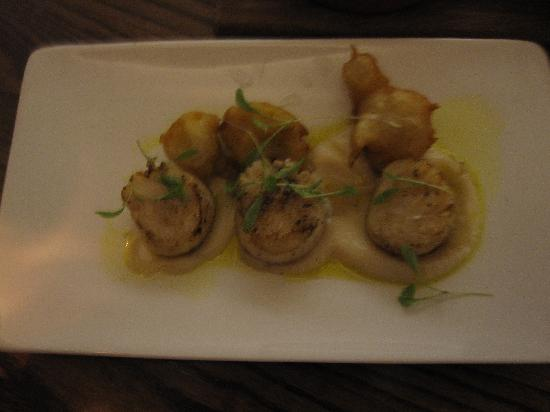 Scallop starter - Picture of The Living Room, Edinburgh - TripAdvisor