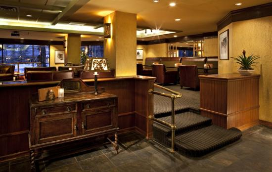 Delta Lodge at Kananaskis: Bighorn Lounge
