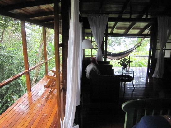 La Paloma Lodge: Room D with wrap-around porch