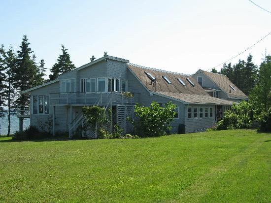 Bayberry Cliff Inn Bed and Breakfast