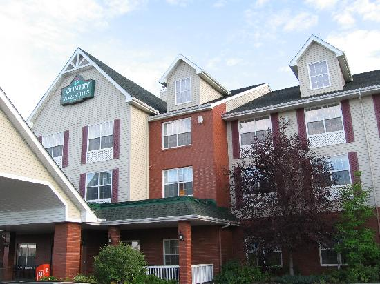 Country Inn & Suites By Carlson, Calgary Airport: Vista esterna