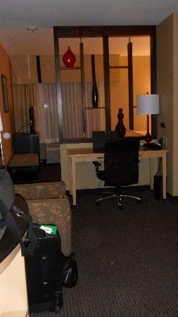 Cambria Suites: view of desk &amp; chair from entryway