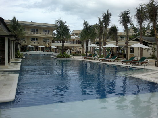 Boracay Garden Resort: Resort's main pool
