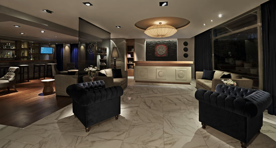 Ambassador Hotel: Reception &amp; Lobby Bar