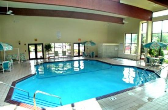 Riverport Inn Express Suites: Attractions