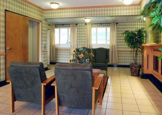 Quality Inn Tech Center: Lobby