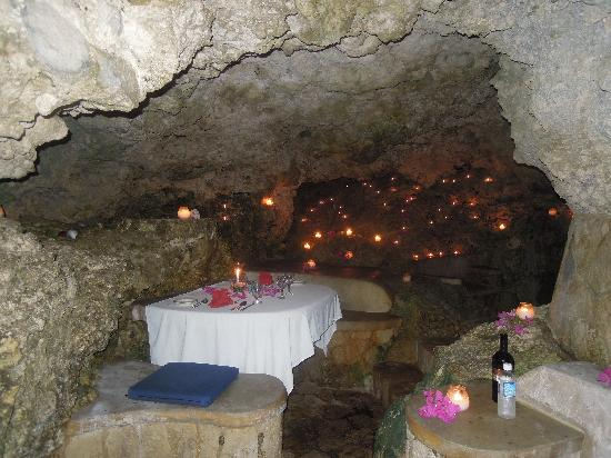 Dinner In Cave 1 Picture Of The Caves Negril Tripadvisor