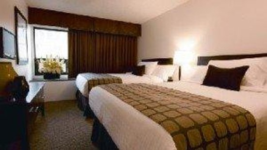Place Louis Riel Suite Hotel: One Bedroom