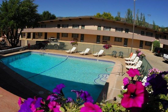 Photo of Caravan Inn Glenwood Springs