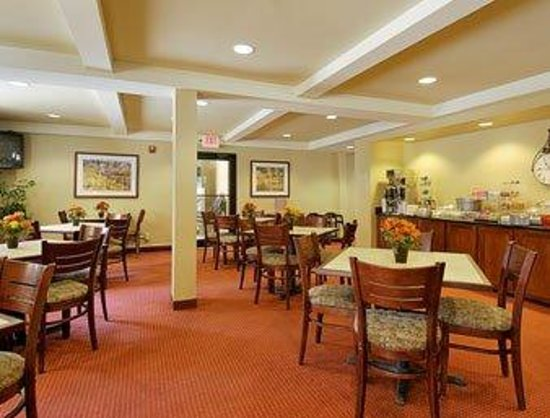 Red Roof Inn Columbus Northeast-Westerville: Breakfast Area