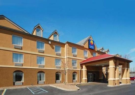 ‪Comfort Inn & Suites Airport & Expo‬