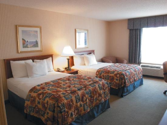 http://media-cdn.tripadvisor.com/media/photo-s/02/3f/8e/97/guest-room.jpg