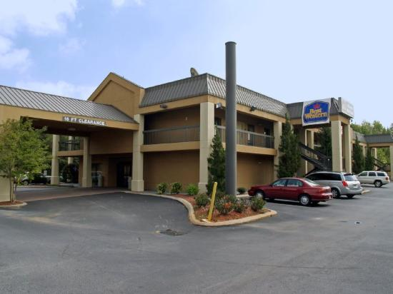 ‪Quality Inn & Suites at Six Flags‬