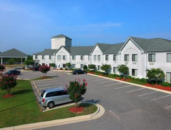 Days Inn Louisburg