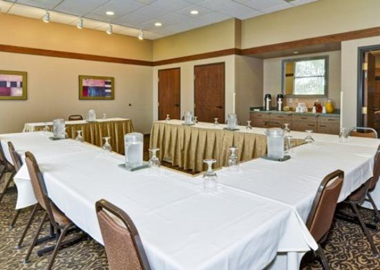 Comfort Inn: MIMeeting Room