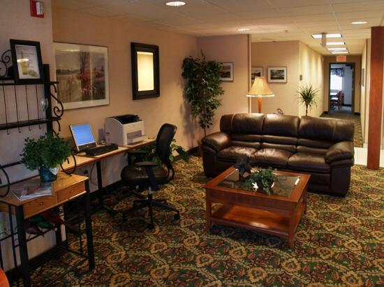 Inn at the Finger Lakes: Lobby Computer