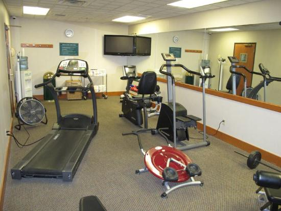 La Quinta Inn & Suites Omaha Airport - Carter Lake: Fitness Center