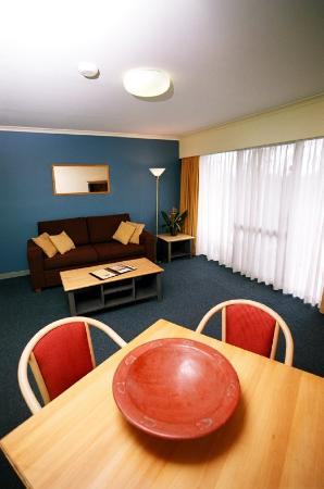 Mt Ommaney Hotel Apartments: Apartment