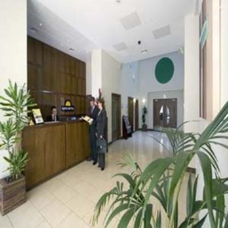Premier Apartments Dublin Airport: Hotel Reception
