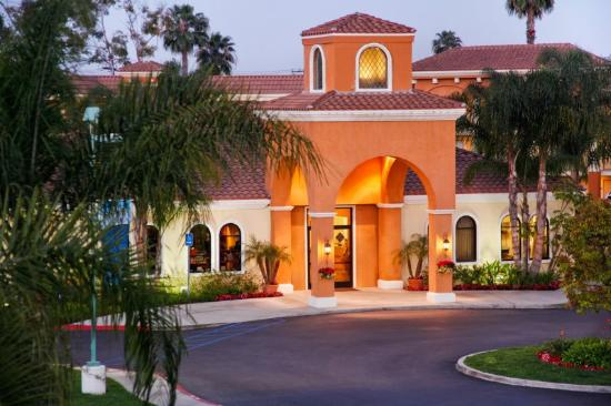 Photo of Cortona Inn & Suites Anaheim Resort