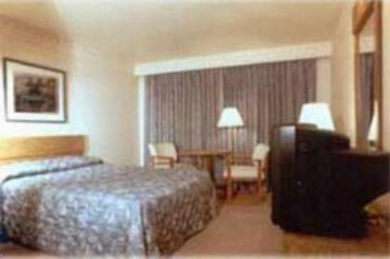 Roosevelt Inn: Guest Room