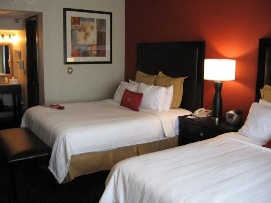 ‪Crowne Plaza Cedar Rapids‬