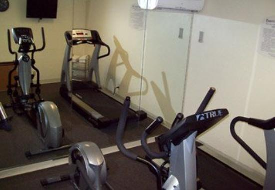 Quality Inn Newark: Fitness Room