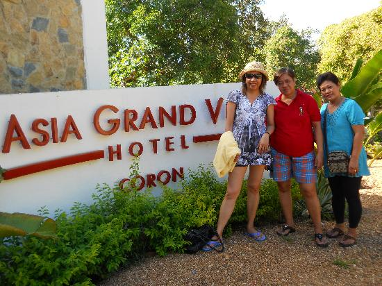 Asia Grand View Hotel: Pics with sisters