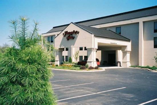 hampton inn new albany in hotel reviews tripadvisor. Black Bedroom Furniture Sets. Home Design Ideas