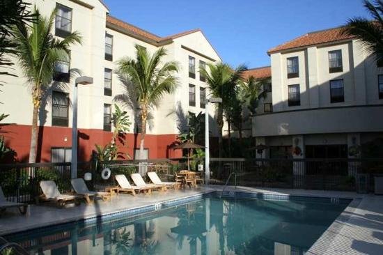 ‪Hampton Inn & Suites Fort Myers Beach / Summerlin Road‬