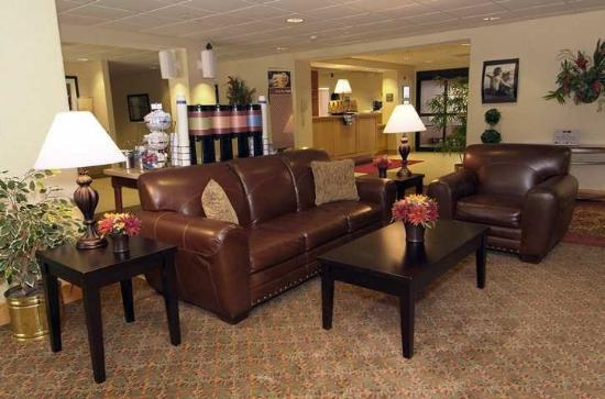 Hampton Inn Laurel: Lobby