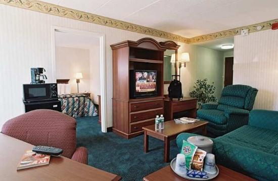 Hampton Inn Laurel: Suite