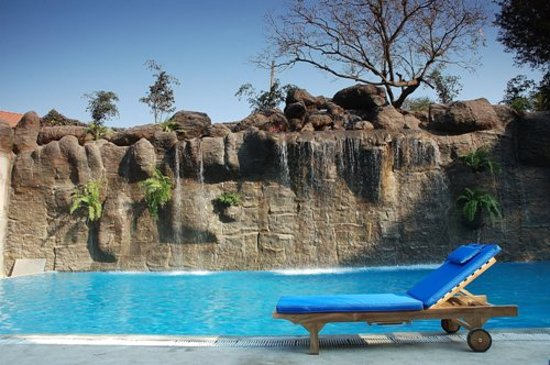 The Windflower Resort and Spa, Mysore: Swimming pool